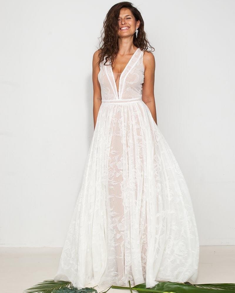skromna koronkowa suknia ślubna porto 28 7 Porto wedding dresses collection