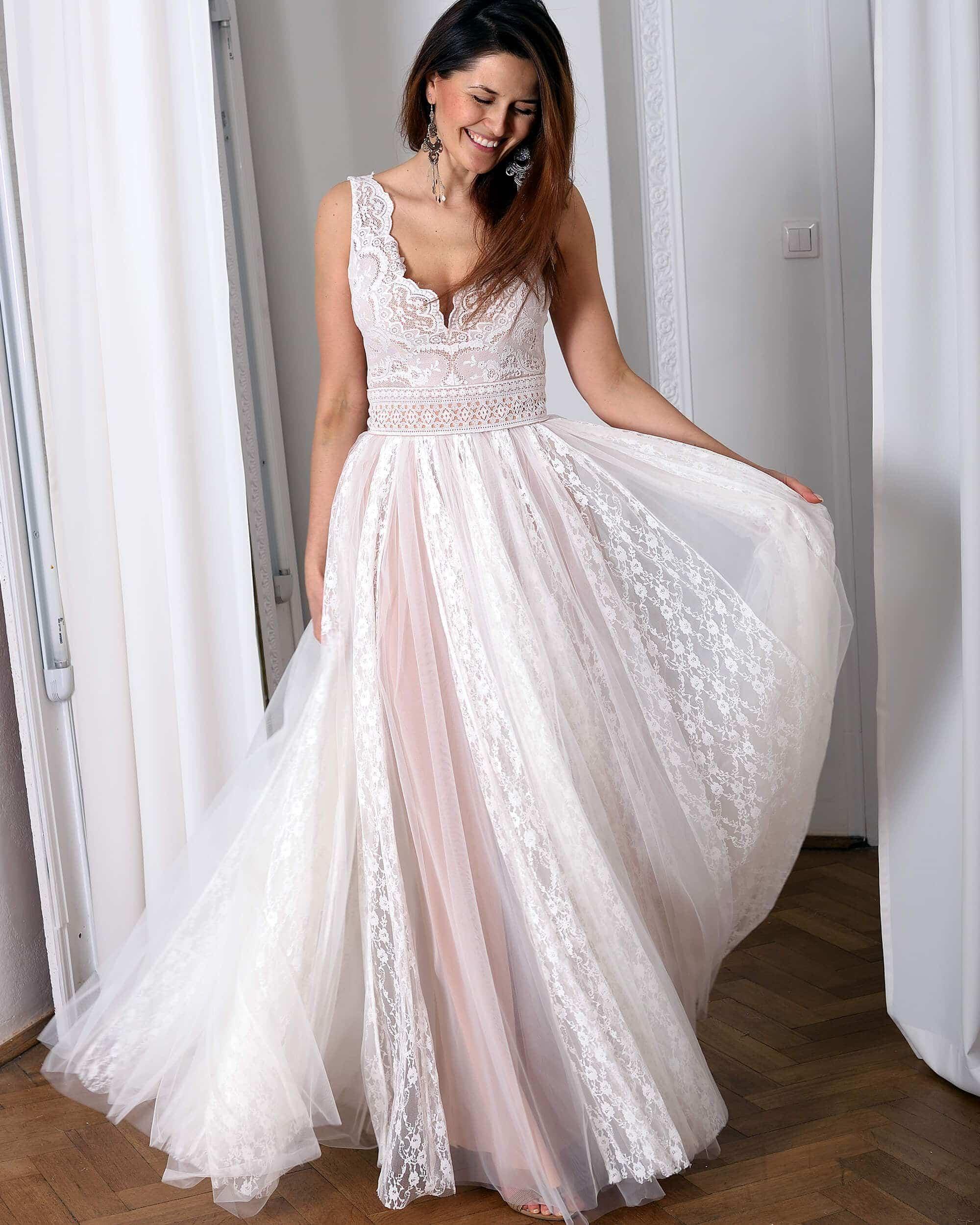 Koronkowa suknia ślubna model 18 kolekcja Porto
