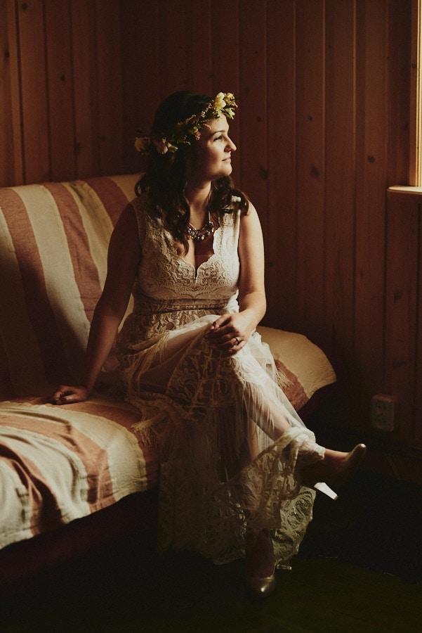 Agnieszka i jej rustykalna suknia ślubna koronkowa 1 My brides