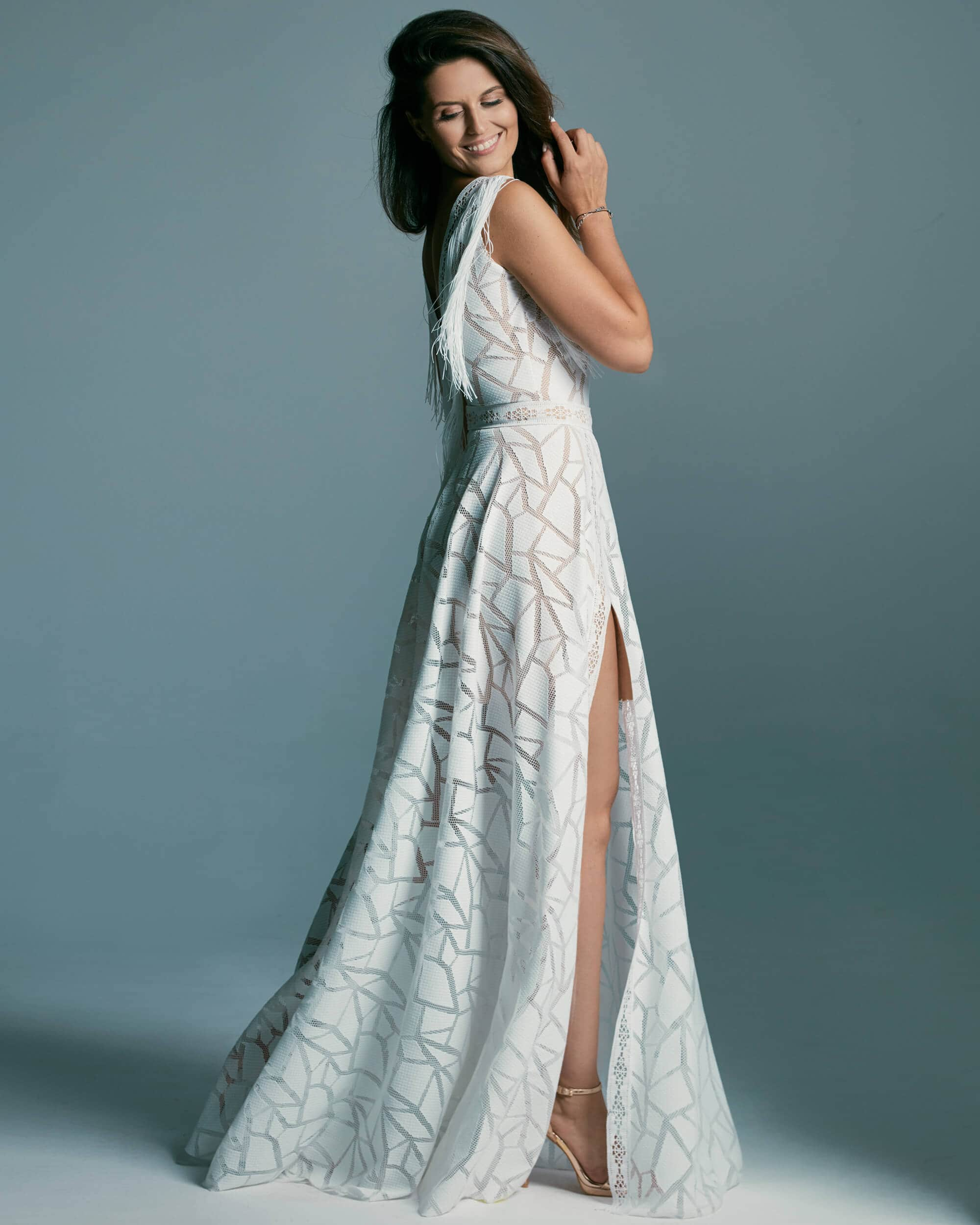 Niezwykle egzotyczna suknia ślubna z koronką - Santorini 3