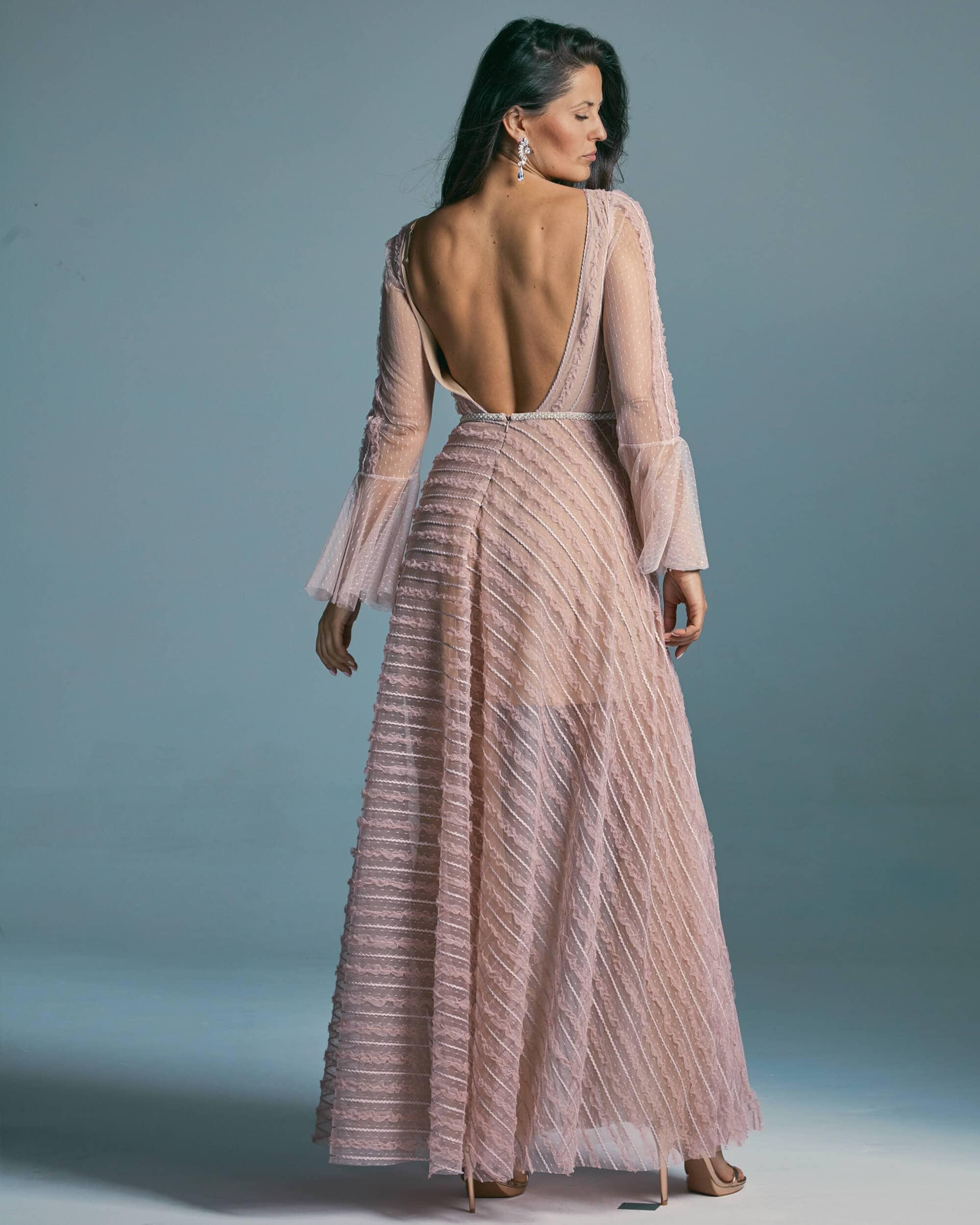 Suknia ślubna wpadająca w delikatny kolor wrzosu - Venezia 2