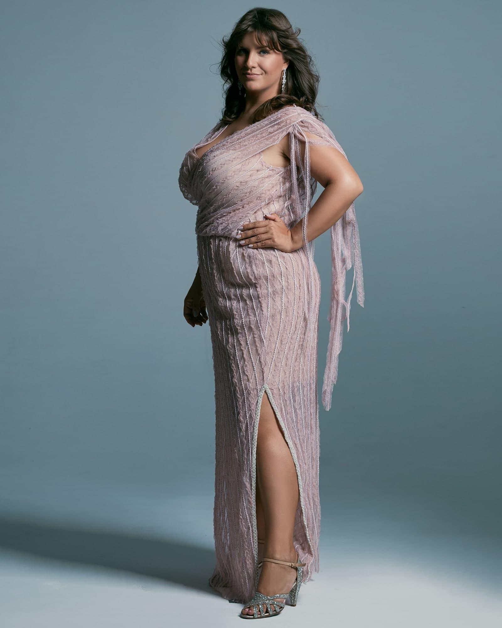 Suknia ślubna plus size ukrywająca niedoskonałości figury