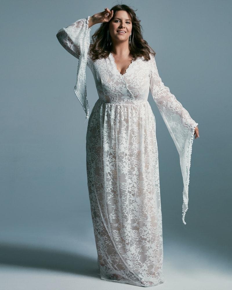 Suknia ślubna plus size z rękawami jak u wróżki
