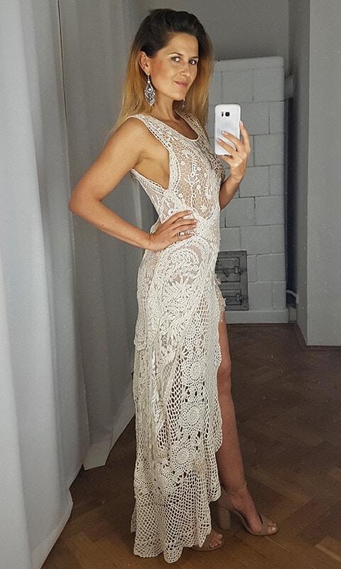 suknia ślubna bok