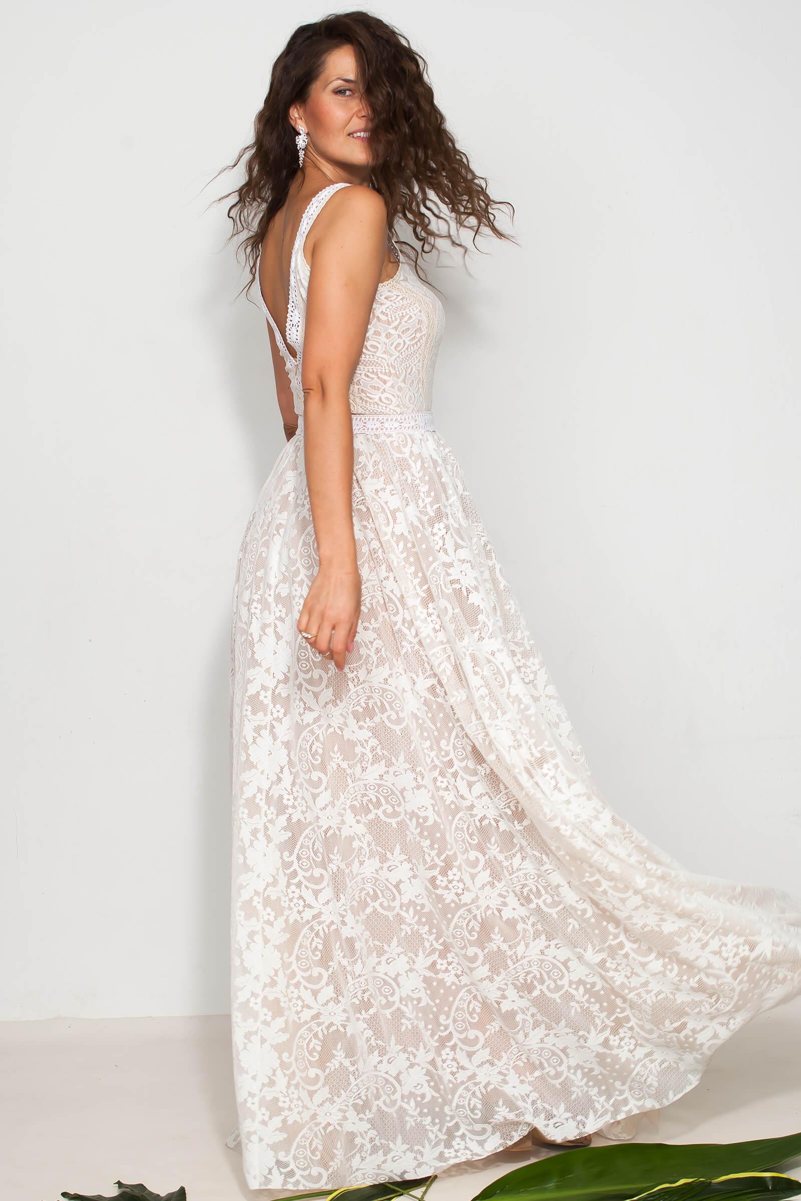 Suknia slubna koronkowa z dekoltem V wyszczuplająca plecy