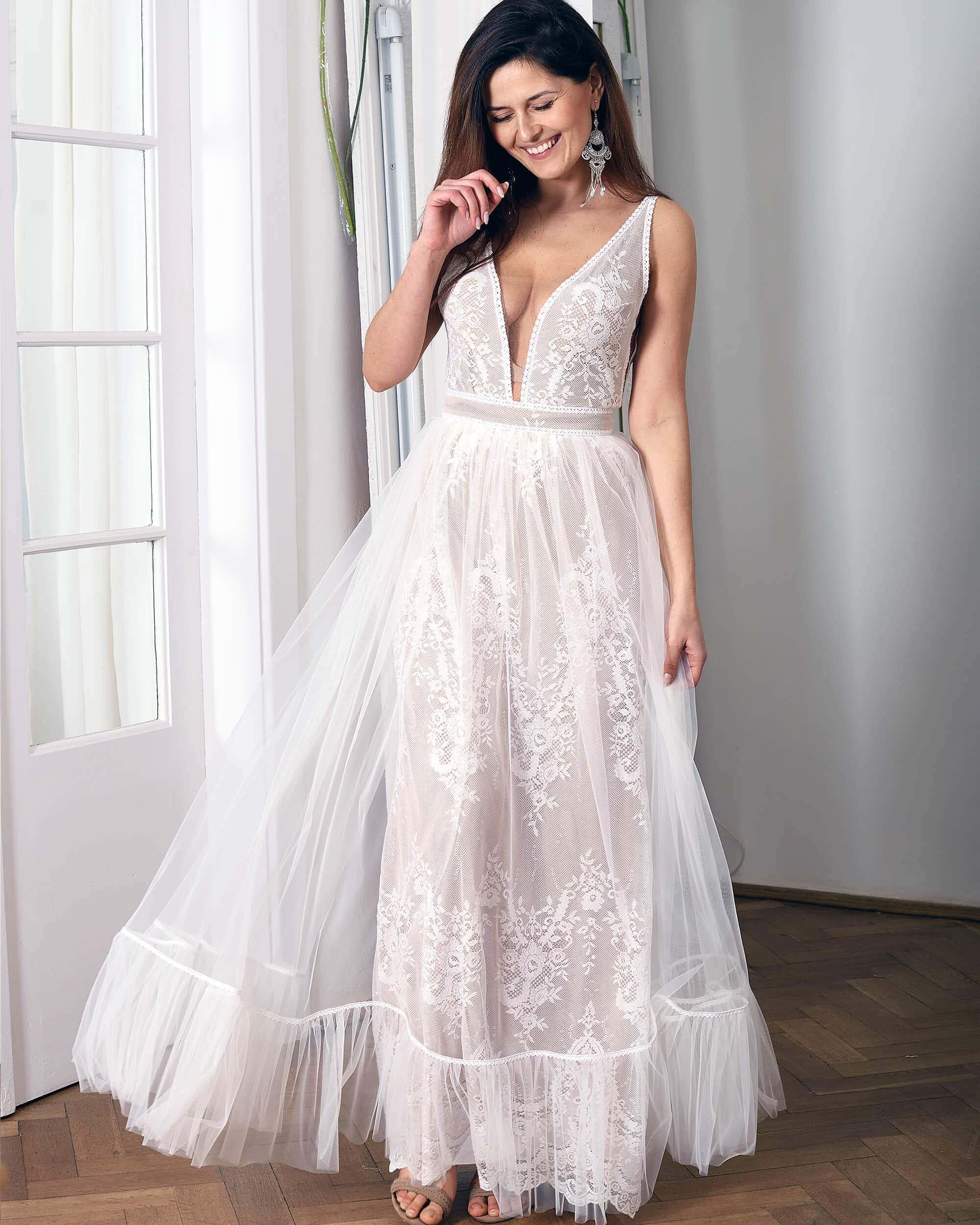 Koronkowa suknia ślubna model 15 kolekcja Porto