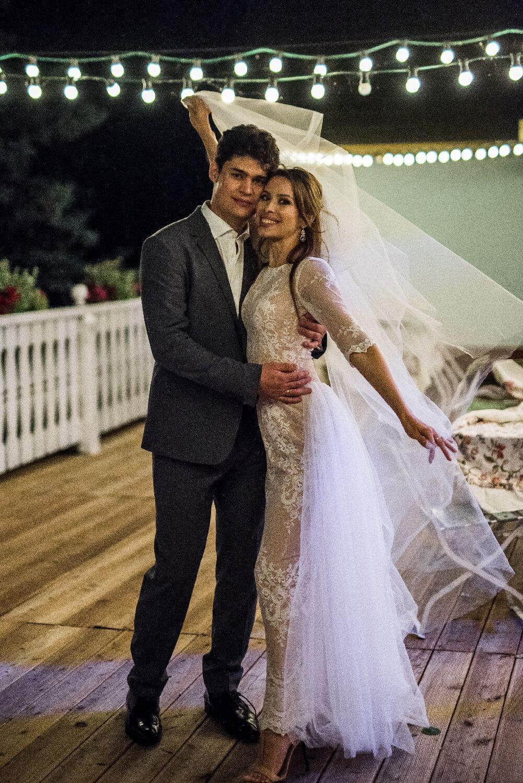 Justyna garw suknia ślubna długa z kwiatowym wzorem i dopinanym trenem p30-p14 (2)