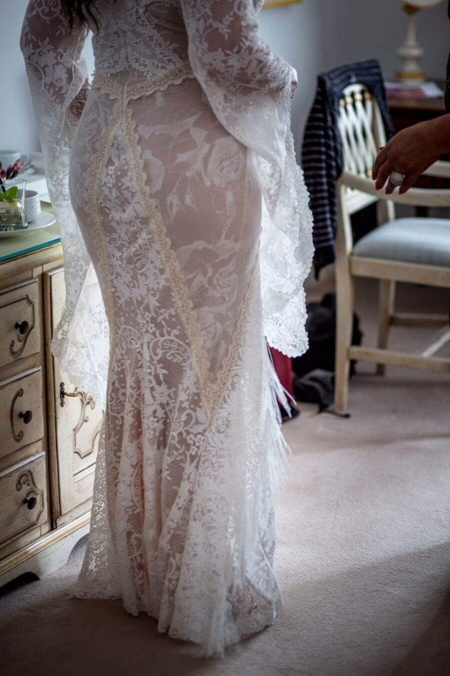 suknia slubna boho Anna-lub Zachwycająca suknia ślubna modelująca sylwetkę-p31-p17 (2)
