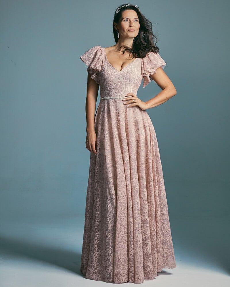 Różowa suknia ślubna o fasonie księżniczki z miękkich koronek Venezia 4 header Venezia wedding dresses collection