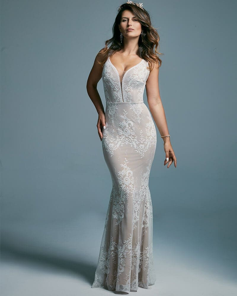 Suknia ślubna rybka podkreślająca kobiece kształty Porto 42 header The Boho Dresses perfect wedding dresses