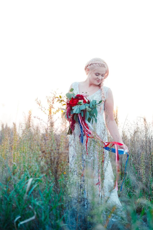 Tamara pawl boho suknia ślubna, pięknie zdobiona z warstwową spódnicą p49 (2)