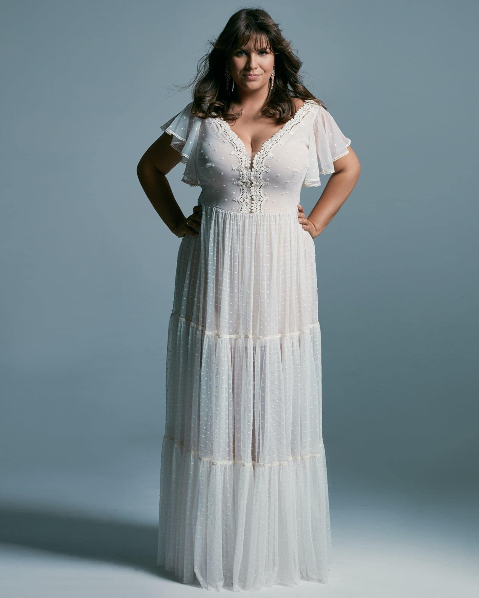 Suknia ślubna plus size w romantycznym wydaniu