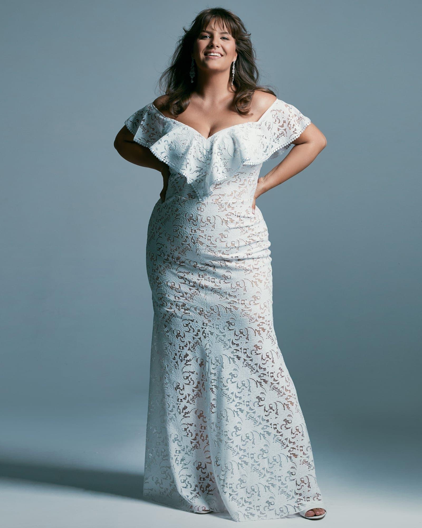 Suknia ślubna plus size - hiszpanka, kobieca suknia
