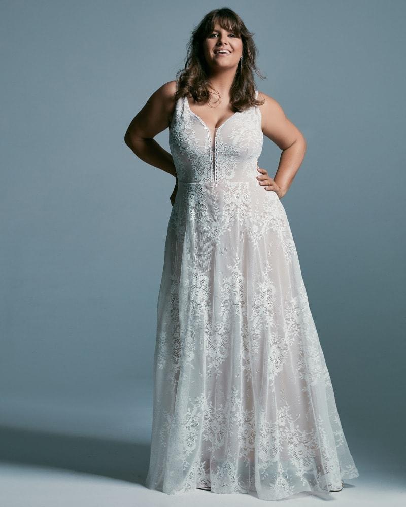 suknia ślubna plus size z odważnym dekoltem Porto 48 2 Plus size wedding dresses
