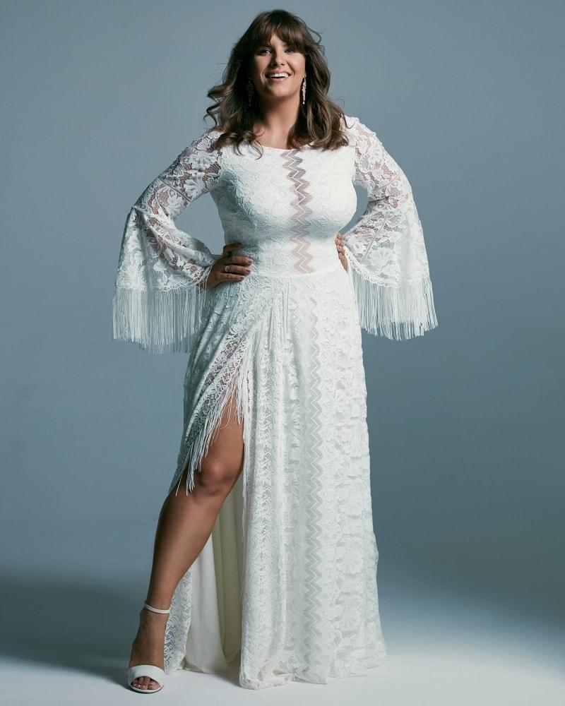 suknia ślubna plus size z rozszerzanymi rękawami Porto 51 3 Plus size wedding dresses