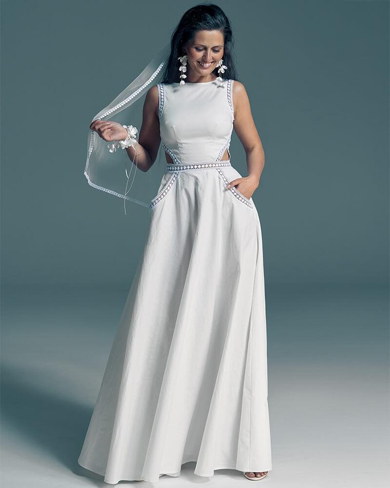 Suknia ślubna zero waste z oryginalnym dekoltem na plecach Slavica 3 Collections of wedding dresses